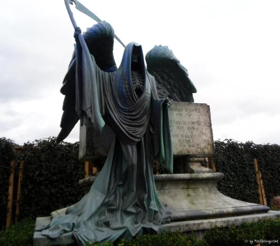 riddle gravestone