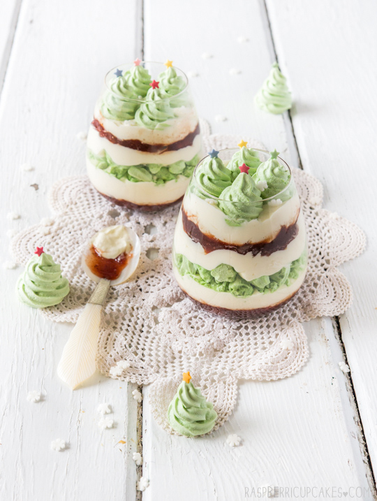 Christmas Mess with Christmas Tree Meringues